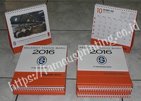 kalender meja kedawung